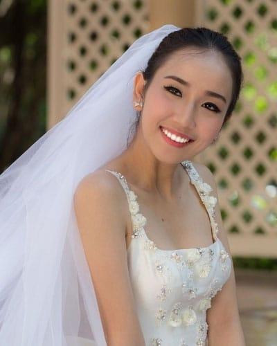 白い歯の花嫁
